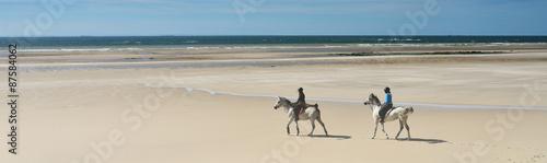 La pose en embrasure Equitation soirée à cheval sur la plage