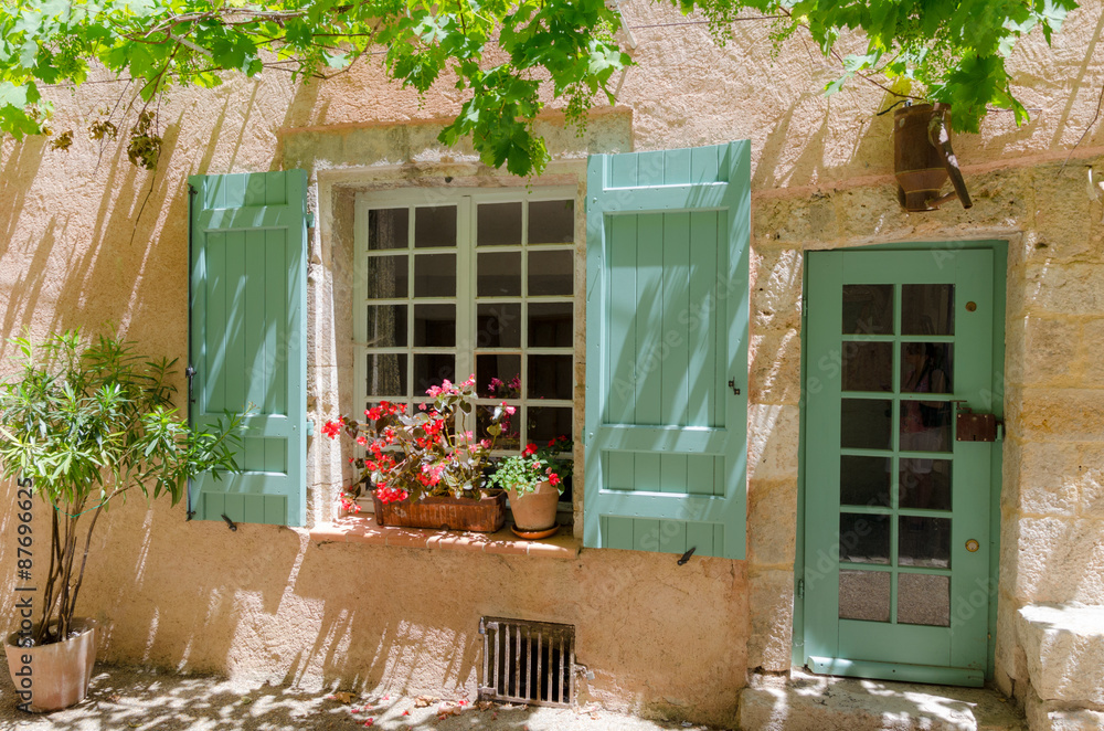 Fototapety, obrazy: An old house in Moustiers-Sainte Mairie, France