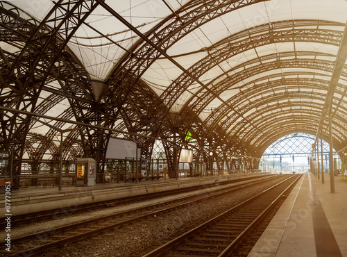 Photo Stands Train Station hauptbahnhof dresden, alte bahnhofshalle