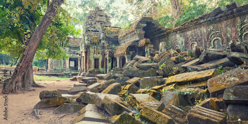 Photo  Ta Prohm Temple ancient ruins, Angkor