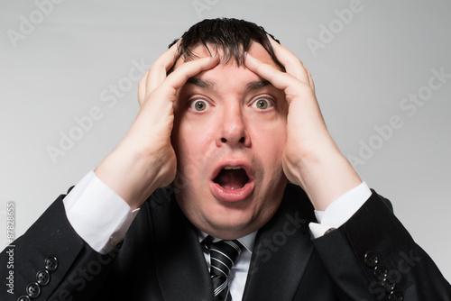 Fotografía  portrait of a young businessman panic fear