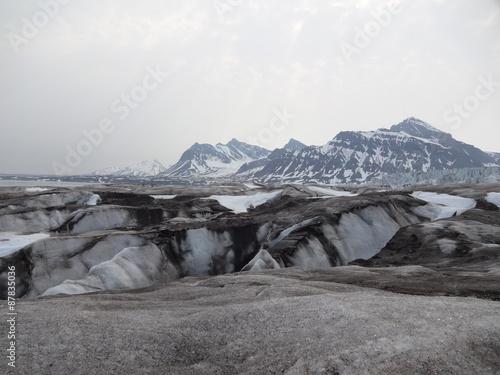 Spitzberg : terre polaire et glaciers