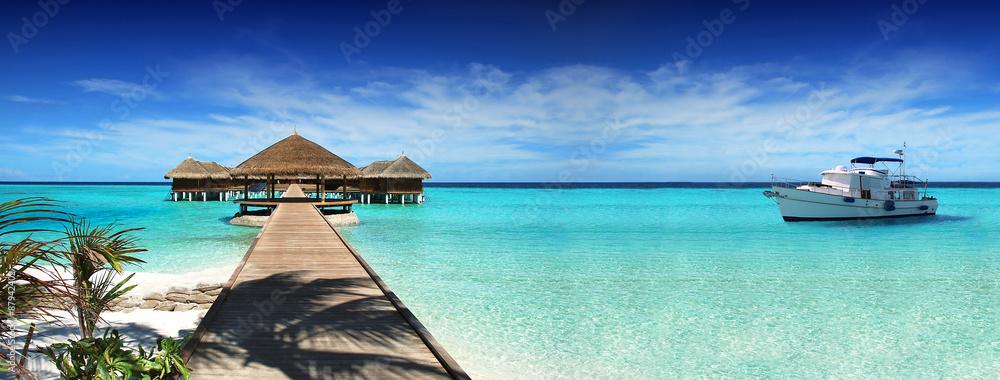 Fototapeta Maldives, dream trip, beautiful, sunny, exotic vacations. Resting on a yacht