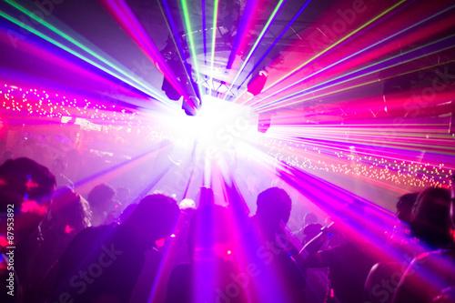 Fotografie, Obraz  Jeux de lasers en boîte de nuit