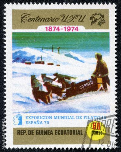 Fotografía  stamp printed in Equatorial Guinea, shows Dog sledding