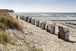 Strandkörbe am Ufer der Ostseeinsel Poel