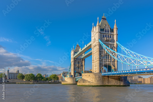 Photo  Tower Bridge in London