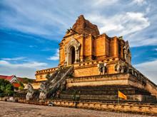 Wat Chedi Luang. Chiang Mai, T...