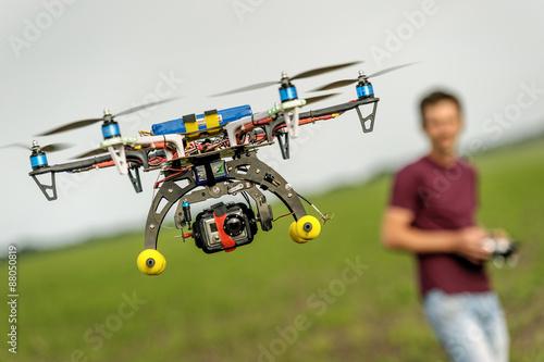 Türaufkleber Hubschrauber Unmanned copter flight