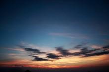 夏の夕暮れ/標高2000mからの夕暮れ風景