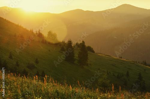 Foto op Canvas Bergen Mountain sunset