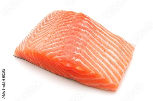 Fotografie, Obraz  Filet z lososa na bílém pozadí
