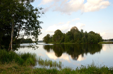 FototapetaFluss Narva im Puhata Nationalpark / Estland