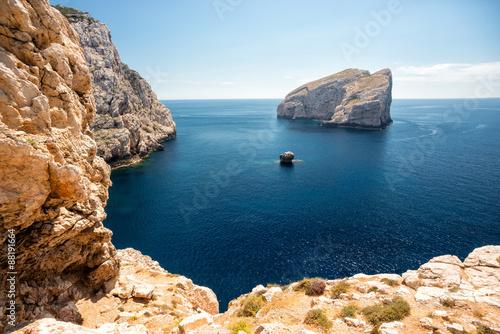 Photo  Steilküste auf Sardinien nahe der Neptungrotte