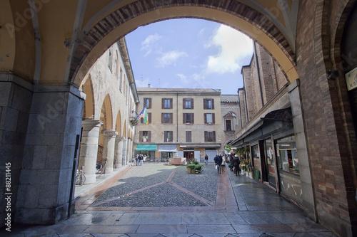 Photo broletto di lodi in lombardia in italia da visitare per turismo