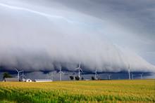 Thunderstorm Shelf Cloud Illin...