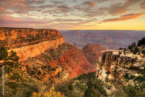 fototapeta na lodówkę The Grand Canyon, Arizona, at sunset