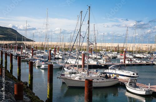 Cuadros en Lienzo Berths in Greystones marina harbour