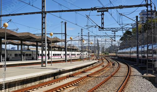 Foto op Aluminium Treinstation Estación de tren de Cádiz, Andalucía, España