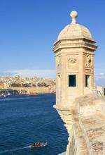 Vedette Watchtower (Gardjola Sentry Box) And Valletta Grand Harbour, Senglea, The Three Cities, Malta, Mediterranean