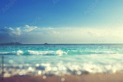 Fotobehang - beach in sunset time, tilt shift soft effect