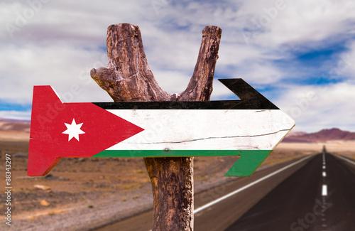 Poster Algerije Jordan Flag wooden sign with desert road background