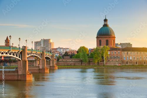 Fotografie, Obraz  Toulouse - Hôpital de La Grave et Pont Saint-Pierre