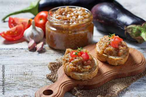 Photo sur Toile Entree Bread toasts with eggplant caviar