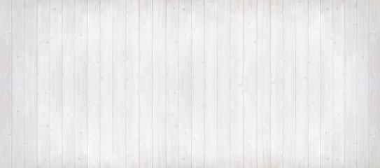 Holzwand hell gestrichen, Panoramaformat