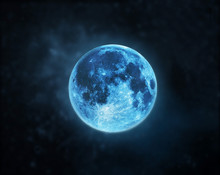 Blue Full Moon Atmosphere At D...