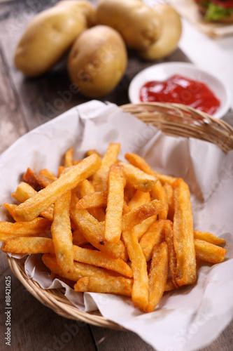 Deurstickers Klaar gerecht french fries with tomato sauce