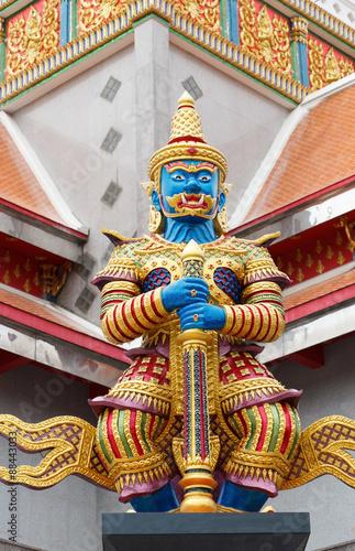 Fotografía  Thai Giant sculpture