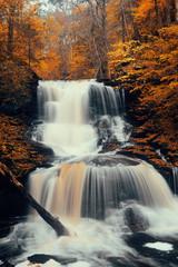 Fototapeta Wodospad Autumn waterfalls