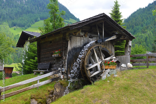 Deurstickers Molens wooden mill