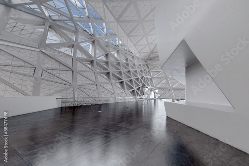 nowoczesne-puste-atrium-lub-wnetrze-hali