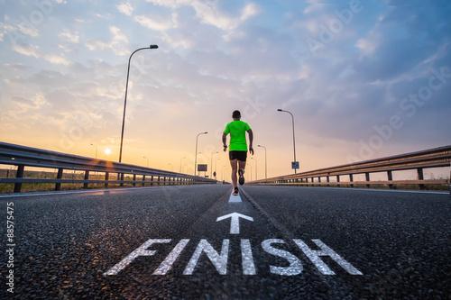 Fotografía  Run to the finish line