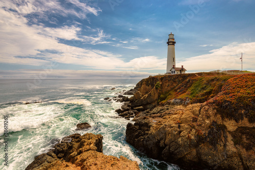Staande foto Los Angeles California Pigeon point Lighthouse in Cabrillo Hwy 1