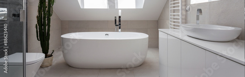 Foto  Beauty simply bathroom design