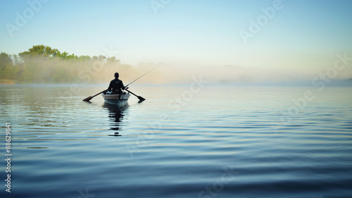 Рыбалка утром на речке Canvas-taulu