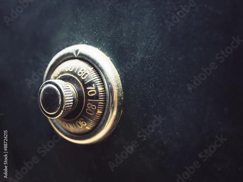 Fotografía  Safe lock code on safety box bank