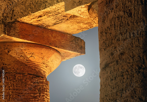 Fotografia, Obraz Moon Cross Among The Columns of Segesta Temple