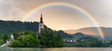 Fototapeta Tęcza - Tęcza podczas  Ulewy nad jeziorem Bled