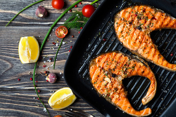 FototapetaGrilled steaks salmon