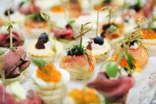 Fototapeta Fingerfood bei einer Hochzeit obraz