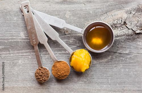 Fotografia, Obraz  Measuring raw ingredients