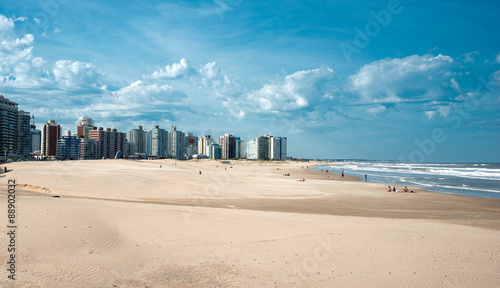 Foto op Plexiglas Stad aan het water Punta del Este beach in Uruguay, Atlantic Coast