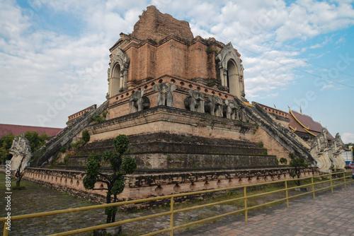 In de dag Bedehuis Old Buddhist temple in Thailand
