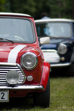 Classic Two Cars Mini Cooper