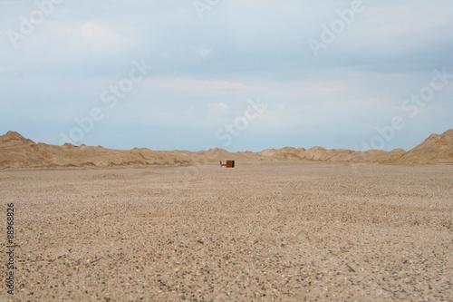 Staande foto Zandwoestijn in the middle of the desert