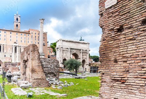 Foto op Aluminium Rudnes Roman Forum s a rectangular forum (plaza) surrounded by the ruin